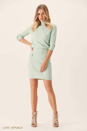 Трикотажная юбка мятного цвета склапанами напуговицах фото