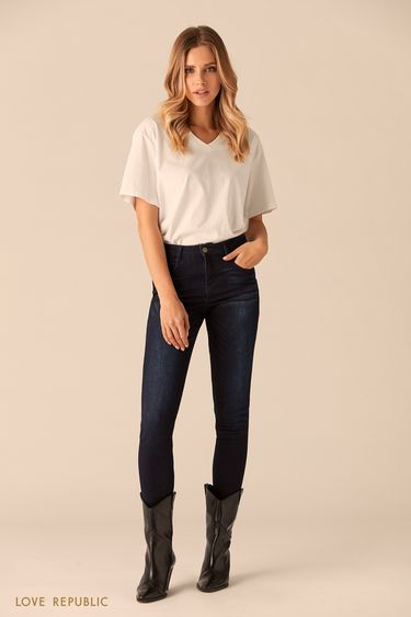 Тёмно-синие джинсовые брюки с потёртостями 0151198728