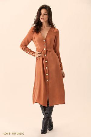 Платье миди кирпичного цвета на пуговицах фото