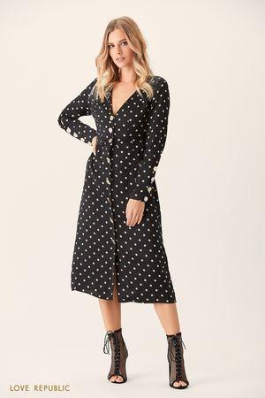 Платье миди с чёрным принтом и застёжкой спереди фото