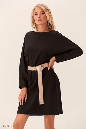 Чёрное платье с длинным поясом