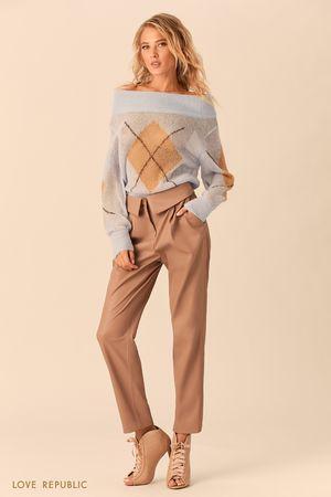 Бежевые брюки с отворотом на поясе