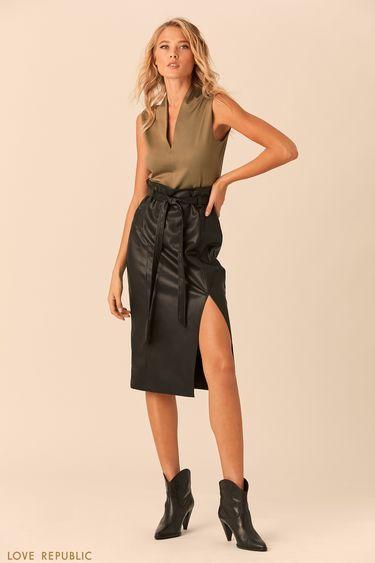 Оливковая блузка без рукавов стреугольным вырезом 0152015336