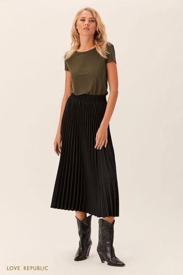 Плиссированная юбка чёрного цвета с эластичным поясом 0152074216