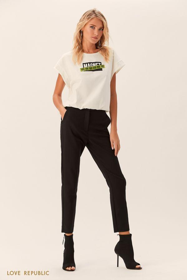 Короткая чёрная футболка с широкими рукавами 0152005318-50