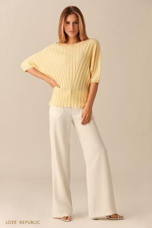 Жёлтый джемпер в рубчик с короткими рукавами фото