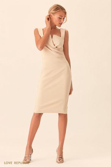 Открытое кремовое платье с лифом на запахе 0153101564