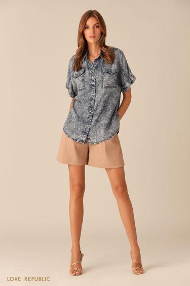 Рубашка на пуговицах из потёртого денима синего цвета 0153196328