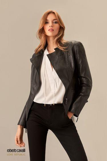 Куртка из натуральной кожи с фактурной вышивкой по плечам 0153971101