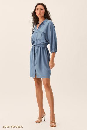 Синее платье-рубашка с накладными карманами фото