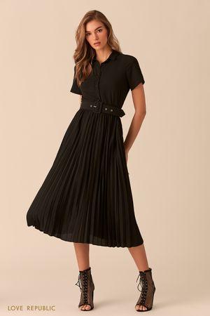Платье чёрного цвета с плиссированной юбкой фото