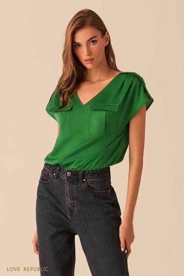 Изумрудная блузка с карманами на груди 02540200335