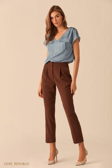 Голубая блузка с карманами на груди 02540200335
