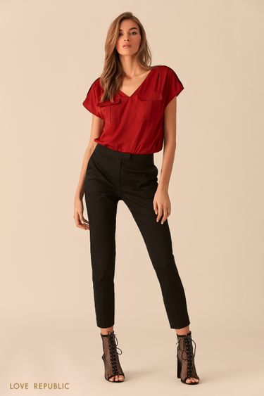 Бордовая блузка с карманами на груди 02540200335