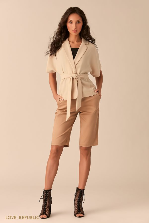 Чёрная блузка с короткими широкими рукавами 0254007304-50