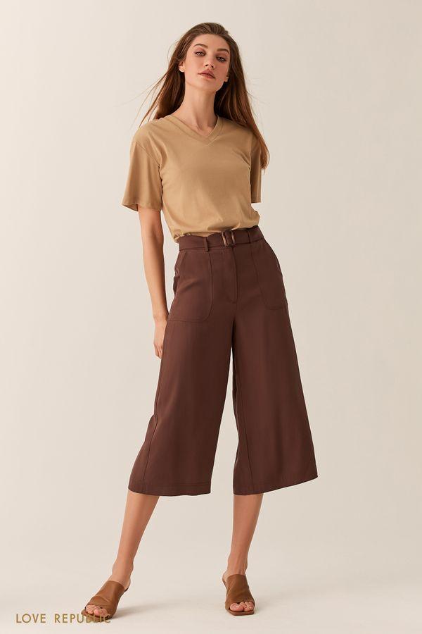 Короткие бежевые брюки из тенсела с поясом 02540220734-62