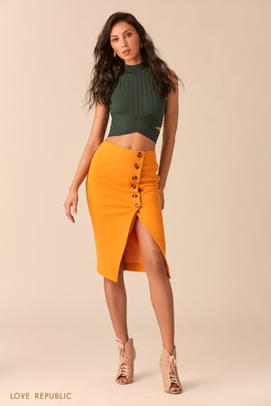 Оранжевая юбка миди напуговицах с разрезом фото
