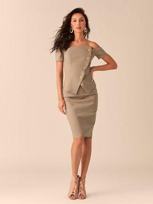Блузка с открытыми плечами и асимметричным рядом пуговиц оливкого цвета фото