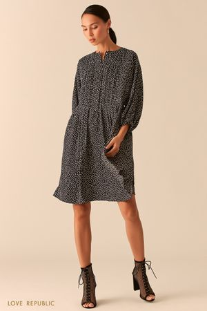 Черное свободное платье в стиле бохо в горошек фото