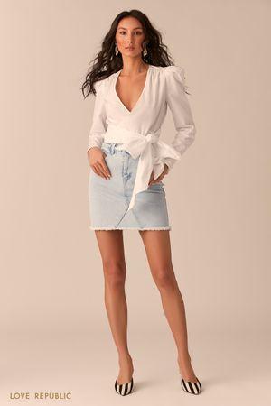 Мини-юбка из денима цвета ультра светлый индиго со швами фото