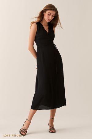 Черное трикотажное платье на запах с вырезом на спине фото