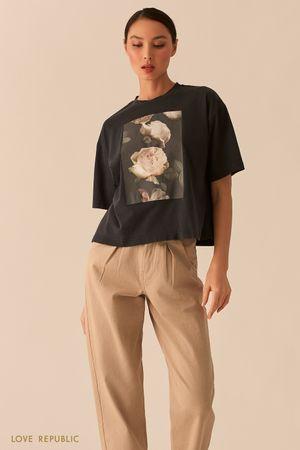 Темно-серая oversize футболка с принтом из хлопка фото
