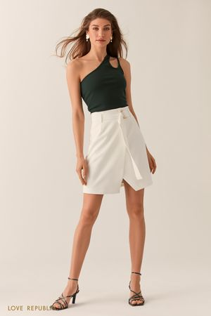 Молочная юбка на запах с асимметричным разрезом фото