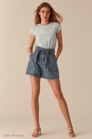 Джинсовые шорты мини с накладными карманами и поясом фото