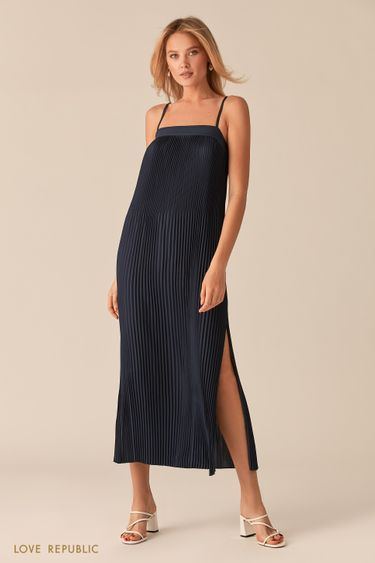 Открытое темно-синее платье миди из плиссированной ткани 0256040535