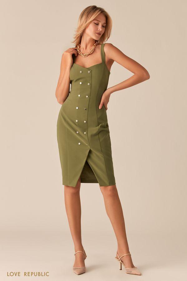 Бежевое платье-футляр с заклепками и разрезом 02560590566-62