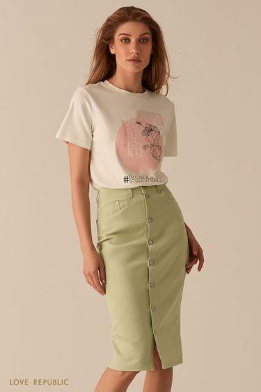Белая футболка с принтом в пастельных тонах 02561180337