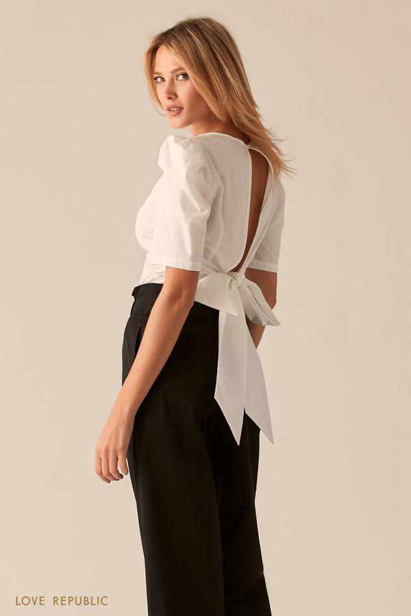 Хлопковая черная блузка с вырезом и бантом на спине 0357019327-50