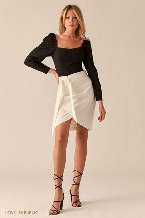 Молочная базовая юбка на запах с разрезом фото