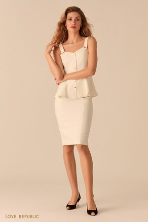 Лаконичная юбка-карандаш белого цвета фото