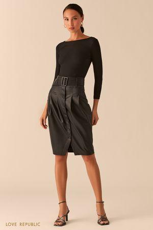 Черная юбка-тюльпан из экокожи с рядом пуговиц