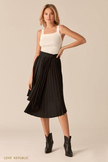 Черная плиссированная юбка с асимметрией 0357202201