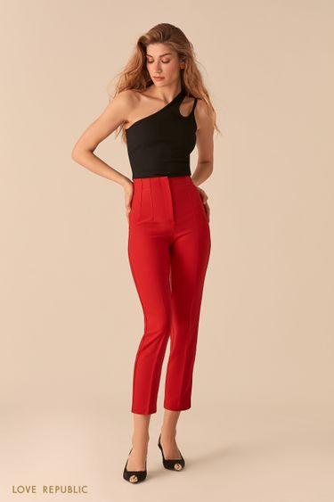 Красные укороченные брюки со стрелками и фактурными швами 0357218718