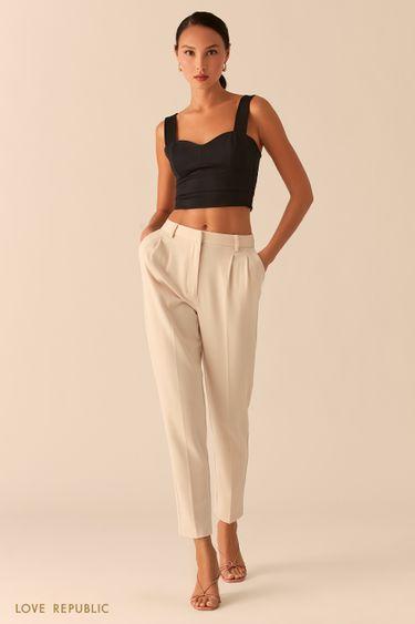 Классические брюки с защипами на талии кремового цвета 0357221716