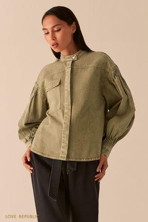 Джинсовая куртка цвета хаки в стиле милитари фото