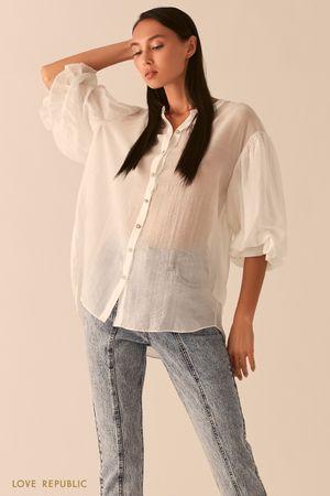 Свободная белая блузка из жатого тенсела фото