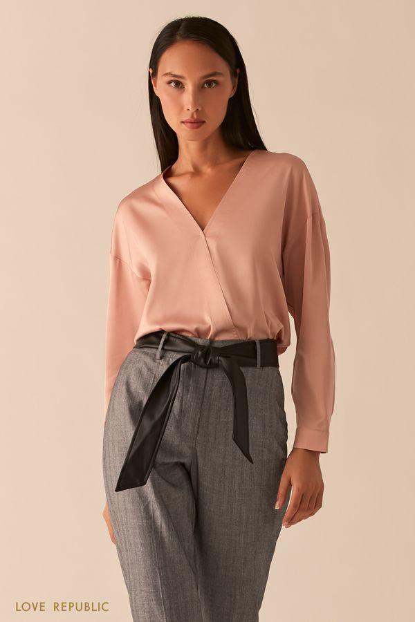 Блузка с запахом из темно-серой атласной ткани 0358014316-37