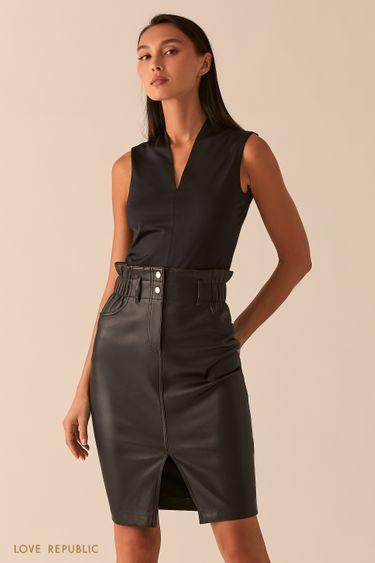 Черная блузка с V-образным вырезом 0358123379