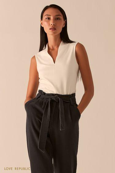Молочная блузка с V-образным вырезом 0358123379