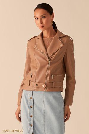 Куртка-косуха из экокожи с ремнем на заклепках