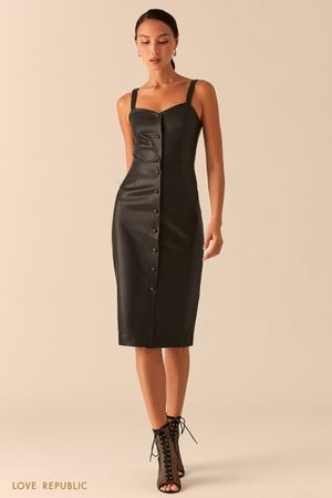 Открытое черное платье-футляр на пуговицах из экокожи фото