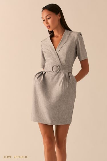 Светло-серое приталенное платье с V-образным вырезом 0358219506