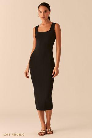 Черное трикотажное платье миди из ткани в рубчик фото