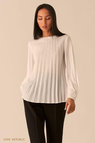 Плиссированная шифоновая блузка с заклепками молочного оттенка 0359027330