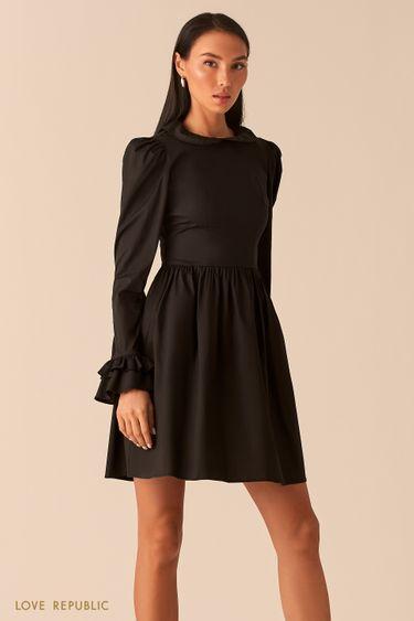 Черное платье с расклешенными манжетами 0359059584