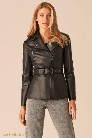 Приталенная куртка-косуха с ремнем фото